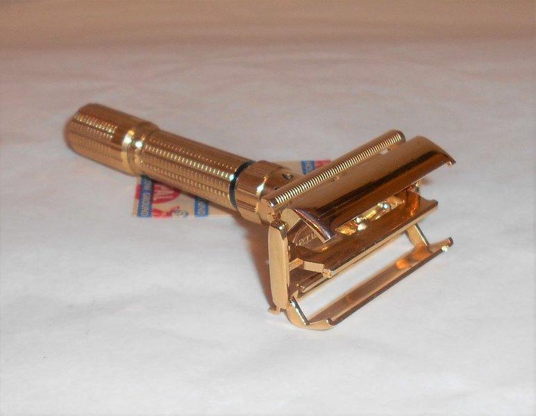 Gillette 1958 Executive Razor Refurbished Replated 24 Karat Gold D3 197 (28).JPG
