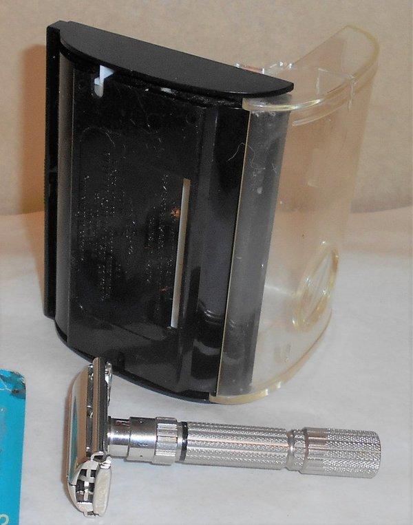 1959 Gillette Fat Boy Razor W Case Blades Refurbished Replated Bright Nickel E1 – XXX (25).JPG