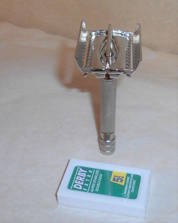 Gillette 1938 Senator TTO Razor Refurbished Replated Bright Nickel QQ1 (50).JPG